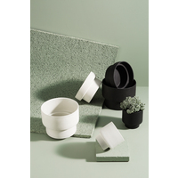 Podium Pot - Medium Black